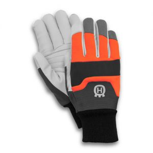 Functional 16 Chainsaw Gloves